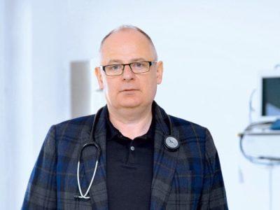 profesor Dariusz Kowalski